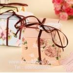 กล่องสีขมพูลายดอกไม้วินเทจ