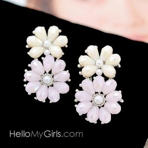 ต่างหู Premium ต่างหูดอกไม้คริสตัลชมพูขาวประดับมุก